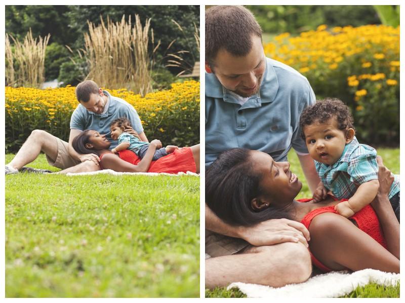 Beautiful family portraits at the Greensboro Arboretum