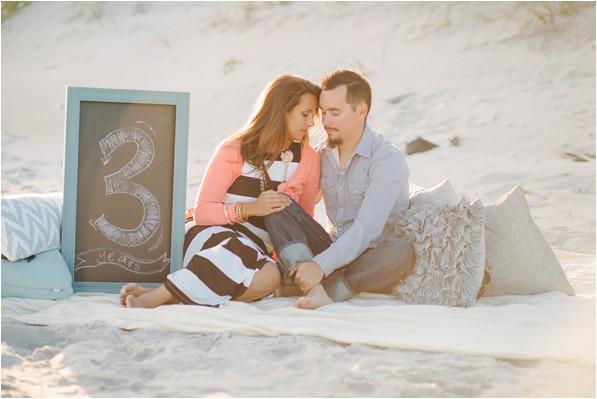 Three-year anniversary photos on the beach
